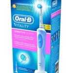 Braun Oral-B Vitality mit Sensitive Clean Bürstenkopf, Verpackung