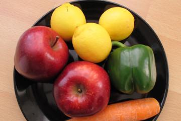 Obst und Gemüse zum Aufhellen der Zähne